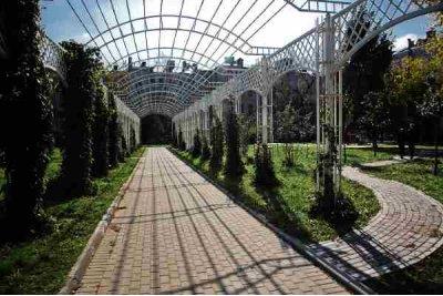 Парк сад имени Баумана